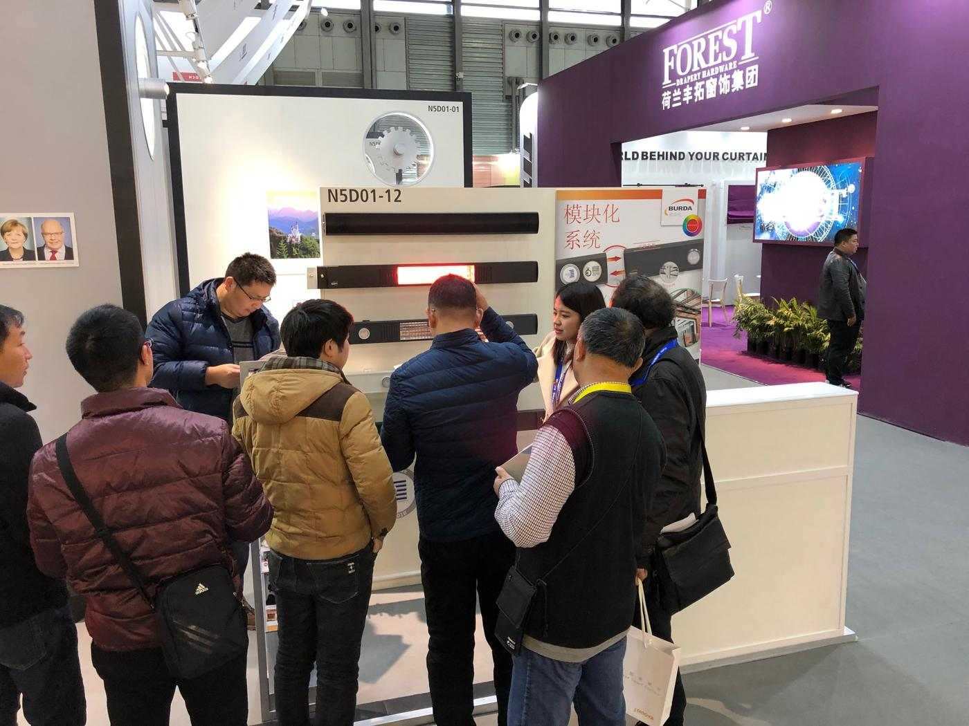 BURDA-Messestand-GERMAN-PAVILION-R+TASIA2019-5